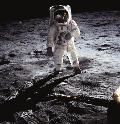Astronaut on Moon web