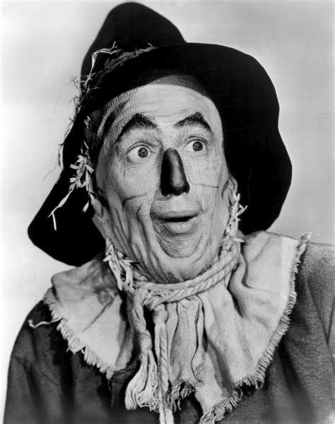 Scarecrow Wizard of OZ 3.jpg