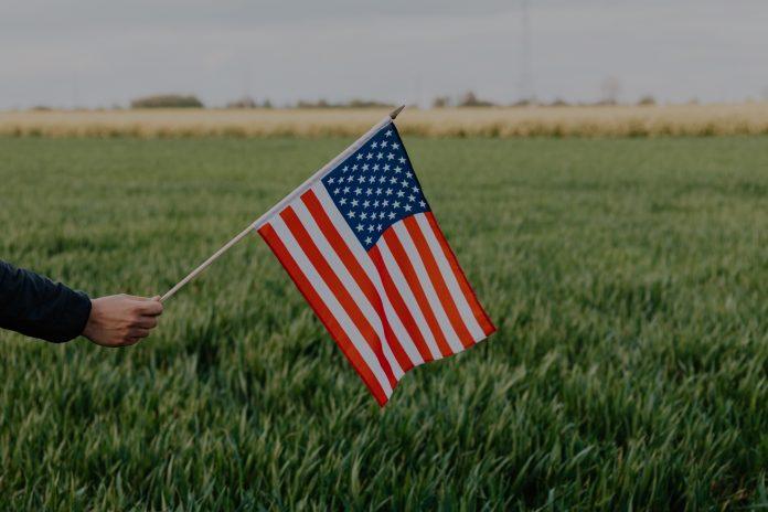 2006-america-flag-field-696x464