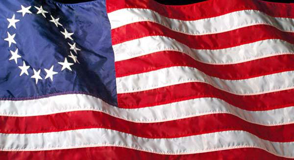 american-flag-revolutionary-war-600