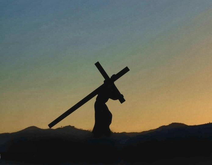 Jesus carrying cross Final