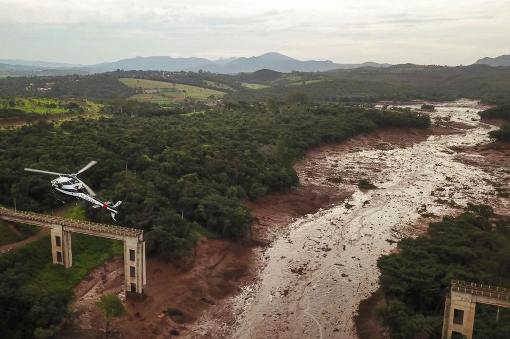 Brazil slag dam break copter fly by sm print